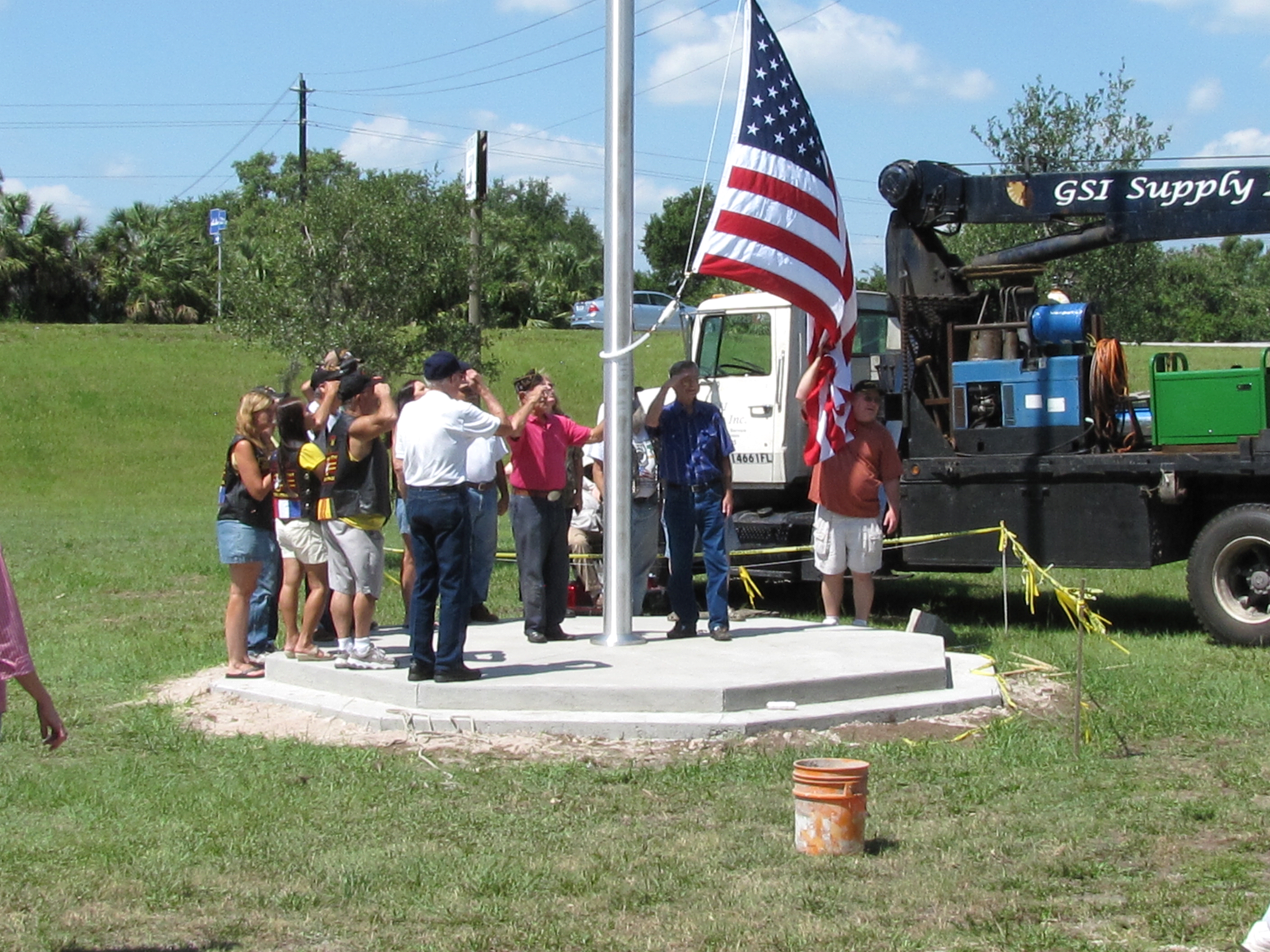 Veterans raise flag at Veterans Memorial Park